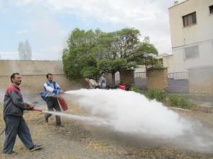 مانور اطفاء حریق و امداد و نجات در مهد کودک یاسین برگزار گردید