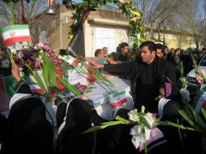تشییع پیکر مطهر شهدای گمنام در تبریز و انتقال شهدا به شهرهای میزبان