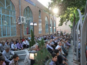 نماز عید فطر و گلباران مزار مطهر شهدای خامنه