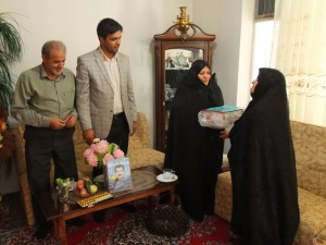 بمناسبت بازگشت آزادگان سر افراز به میهن اسلامی ; دیدار با خانواده آزاده سرافراز مرحوم رضا حدادی