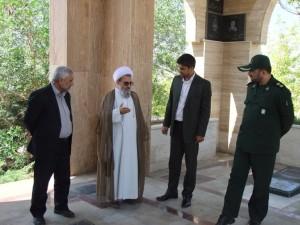 بازدید مسئولین استانی و شهرستانی از عملیات اجرایی یادمان شهدای گمنام خامنه