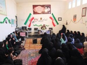 نشست فرهنگی حجاب و عفاف در شهر خامنه برگزار گردید