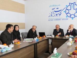 دکتر ملک زاده معاون وزیر بهداشت و دکتر صومی رئیس دانشگاه علوم پزشکی تبریز از بیمارستان و طرح کوهورت آذر خامنه بازدید کردند