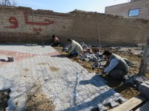 اجرای پیاده روسازی و کفپوش معابر سطح شهر در آستانه عید نوروز