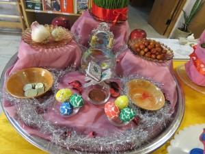 نمایشگاه سفره های هفت سین و تخم مرغ های رنگی شهر خامنه افتتاح شد
