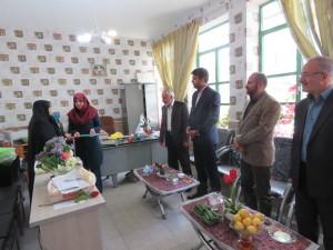 حضور شهردار و اعضای شورای اسلامی در مدارس و تبریک هفته معلم