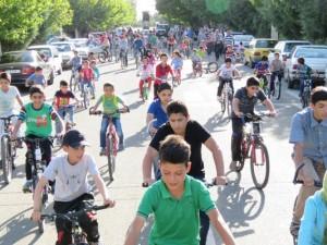 ششمین همایش دوچرخه سواری شهر خامنه برگزار گردید