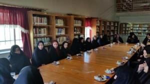 میز گرد عفاف و حجاب در شهر خامنه تشکیل شد