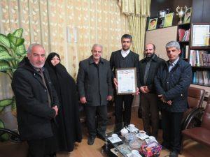اعضای شورای اسلامی شهر از اقدامات ارزنده شهردار و کارکنان شهرداری خامنه تقدیر نمودند