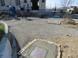 سایبان نمازخانه روضه الحسین آرامستان شهر خامنه به زودی نصب می گردد