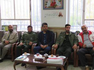 حضور شهردار و مسئولین شهر خامنه در مدارس برای تبریک هفته معلم