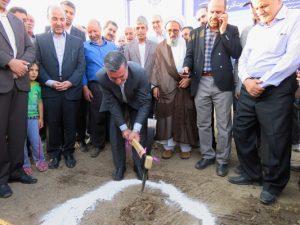 پروژه احداث ساختمان مرکزی دیالیز و کوهورت آذر شهر خامنه کلنگ زنی شد