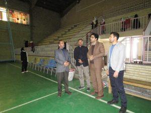 شهردار خامنه به همراه رئیس اداره ورزش و جوانان خامنه از اماکن ورزشی شهر خامنه بازدید نمود.