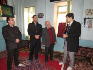 شهردار خامنه: مسجد میرپنج به عنوان یکی از آثار ارزشمند تاریخی شهر خامنه متأسفانه مورد بی مهری و کم لطفی قرار گرفته است.