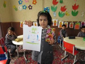 مسابقه نقاشی کودکان با موضوع روز زمین پاک در شهر خامنه برگزار شد