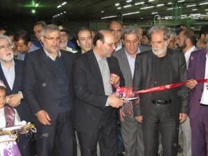 شرکت توسعه صنعت نساجی آذران (کارخانه نساجی خامنه) افتتاح شد.