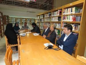 نشست بررسی مسائل و مشکلات کتابخانه عمومی شهر خامنه برگزار شد