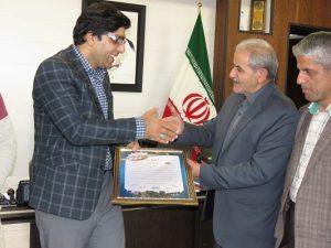 اعضای شورای اسلامی شهر از تلاشهای شبانه روزی و اقدامات ارزنده شهردار خامنه تقدیر نمودند