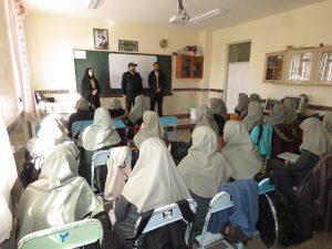 کارگاه مشترک آموزشی پیشگیری از خطرات احتمالی چهارشنبه سوری در مدارس شهر خامنه برگزار می شود