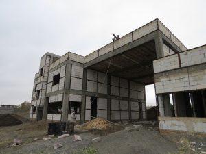 عملیات اجرایی تکمیل پروژه احداث ایستگاه آتش نشانی استاندارد شهر خامنه آغاز شد